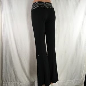 lululemon athletica Pants - Lululemon reversible black full length leggings